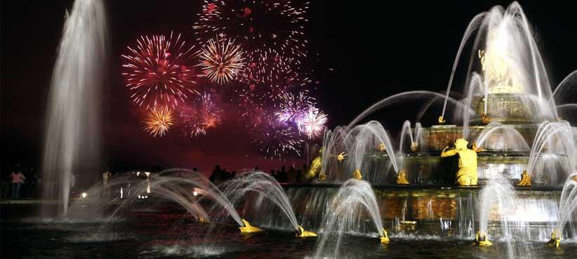 Palácio de Versalhes Espetáculo das Grandes águas e os jardins musicais.